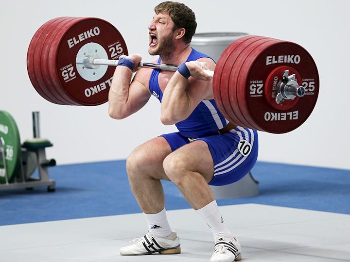 Допинг. Штангист Аккаев и борец Бароев лишены медалей Олимпиады-2008