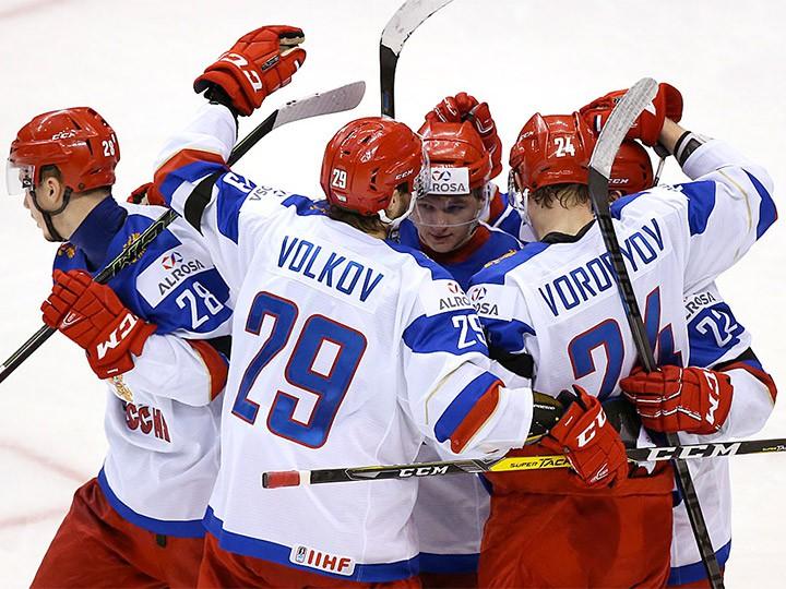 США добились 2-ой победы намолодежном чемпионате мира, обыграв Словакию