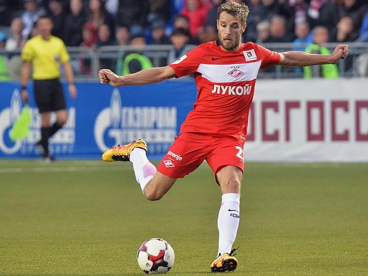 Как меняется статус навесов в футболе Чемпионат Антон Михашенок