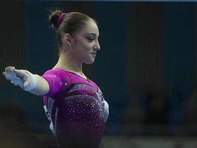 Алия Мустафина победила на брусьях