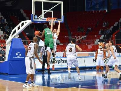 «Донецк» и «Азовмаш» выиграли вторые матчи полуфинальной серии