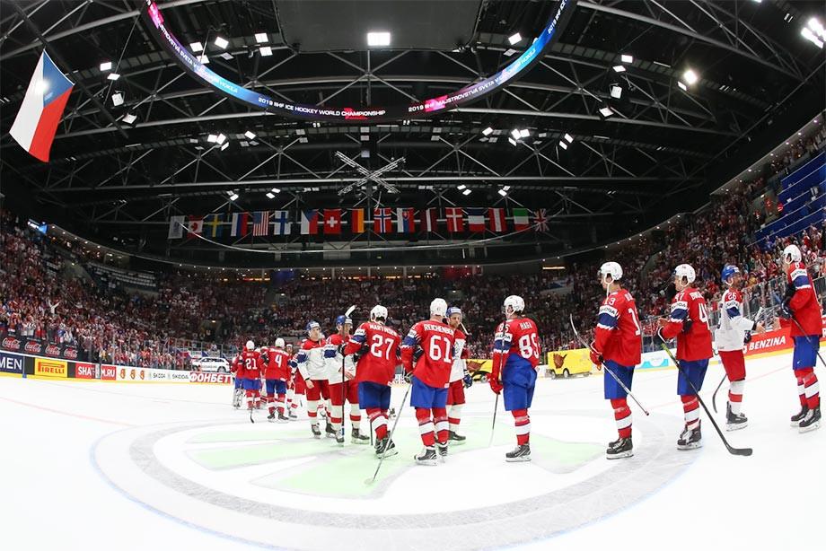 Чехи совсем потеряли страх. Хотят забрать у России первое место в группе