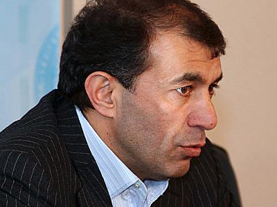 """Главный тренер """"Терека"""" Рашид Рахимов"""