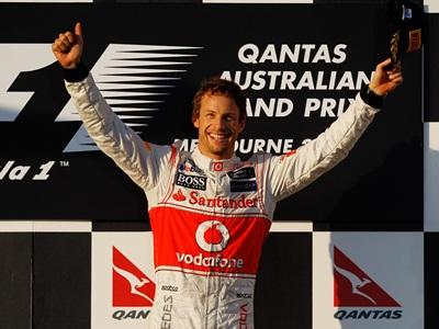 Баттон выиграл Гран-при Австралии, Петров сошёл из-за поломки машины