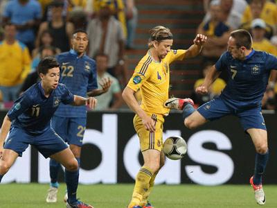 Сегодня. Первый матч плей-офф Украина - Франция.