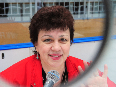 Надежда Демичева – голос хоккейного Омска