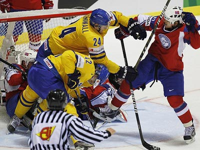 Норвежцы ломят, гнутся шведы!