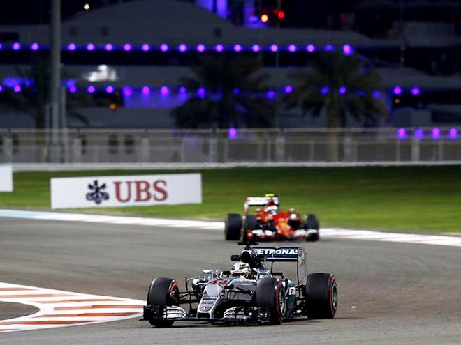 На старте финала: обзор тренировок Гран-при Абу-Даби