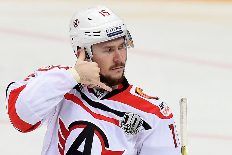 В лучшей команде КХЛ нет игроков для сборной. Хоккейная неделя с Ерыкаловым