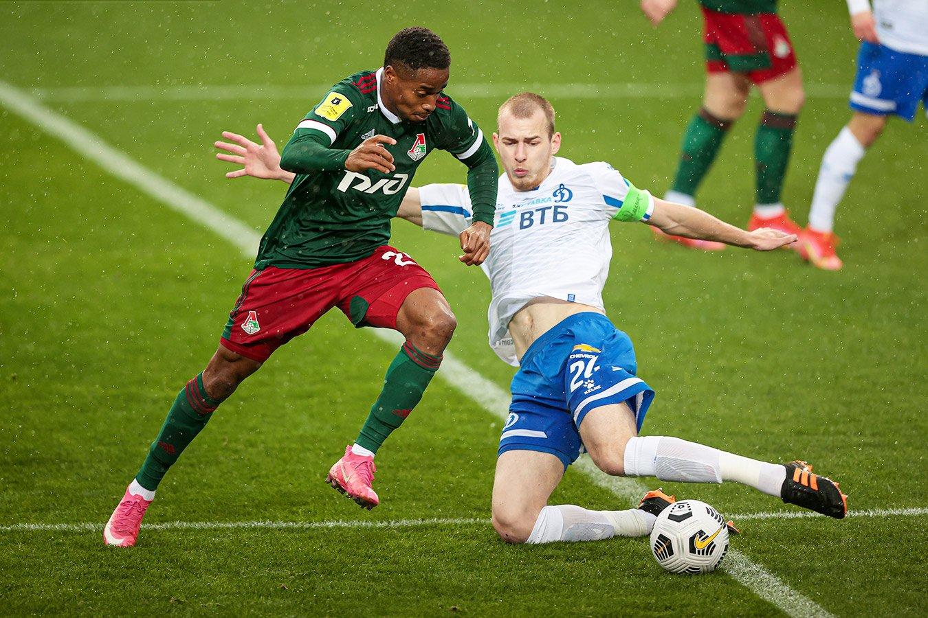«Локомотив» сыграл вничью с «Динамо», оставшимся в меньшинстве на 73-й минуте