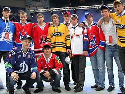 25 и 26 мая в Челябинске состоится драфт юниоров КХЛ