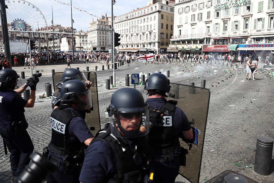 Беспорядки во Франции во время Евро-2016