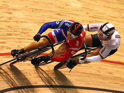 Обзор очередного дня чемпионата мира по велоспорту на треке