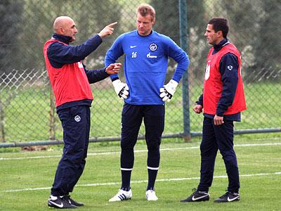 Новый тренер, старые планы