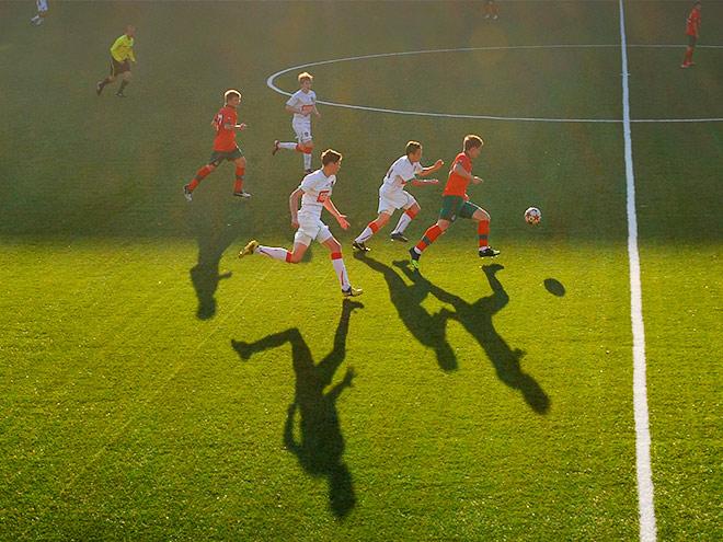 Играй в футбол вместе с Nissan!