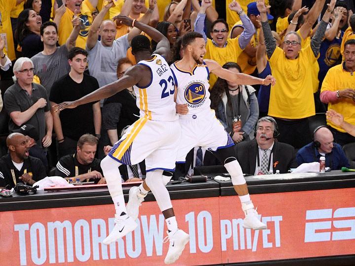 «Голден Стэйт» обыграл «Кливленд» и стал 5-кратным чемпионом НБА