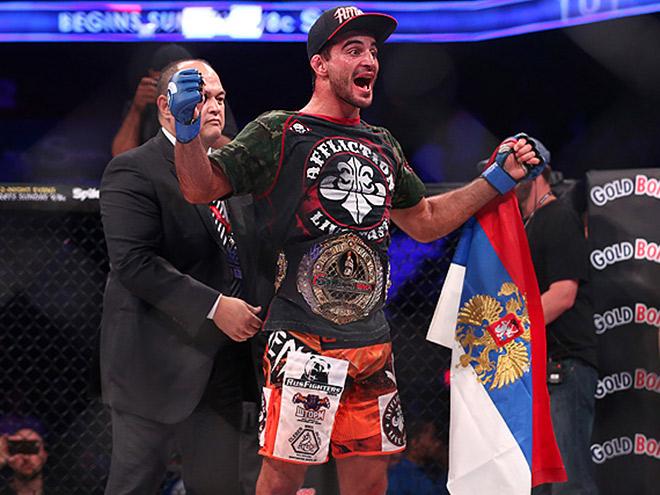 Александр Корешков стал чемпионом Bellator