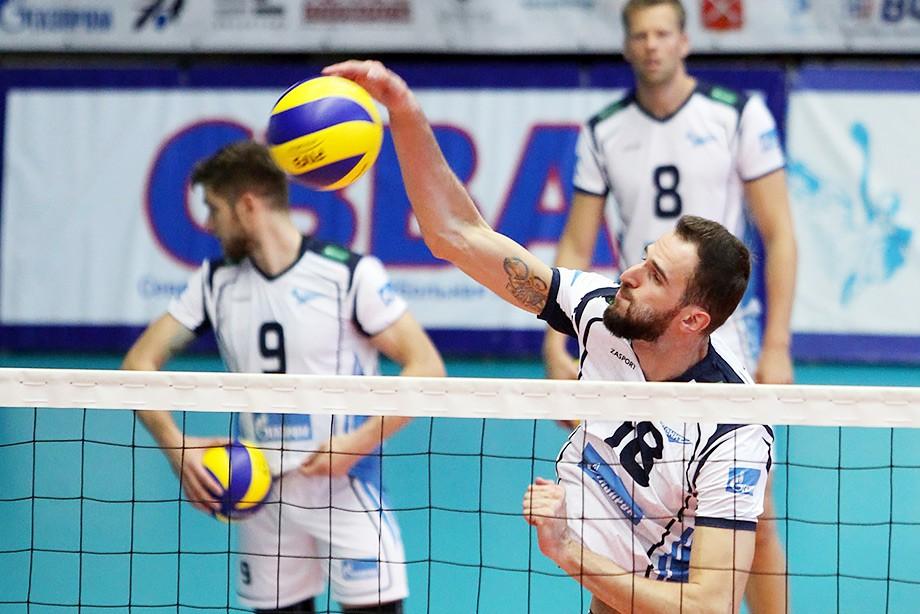 Новичков не пощадили. «Зенит» потерпел первое поражение в Суперлиге
