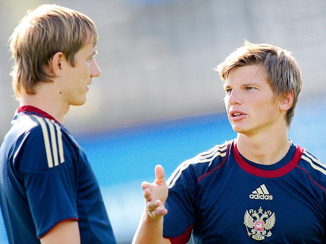 Роман Павлюченко и Андрей Аршавин