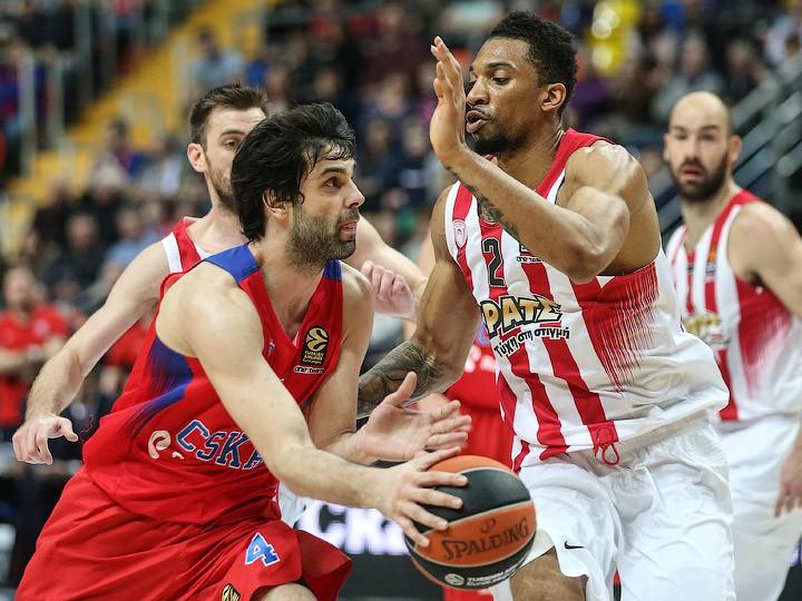 ЦСКА переиграл «Олимпиакос» вматче 30-го тура баскетбольной Евролиги