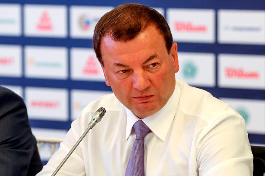 Кущенко: футбол всегда оттягивает внимание от баскетбола