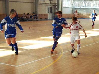 К 20-летию женского мини-футбола России. Нулевые