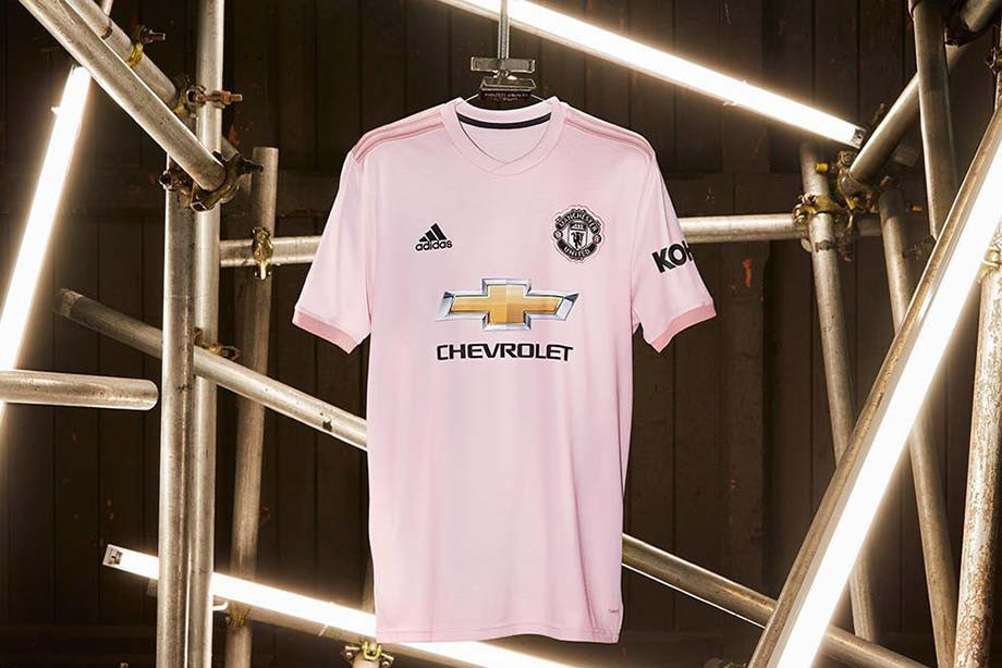 Manchester United New Form