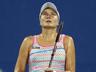Звонарёва и Петрова проиграли в четвертьфиналах в Чарльстоне