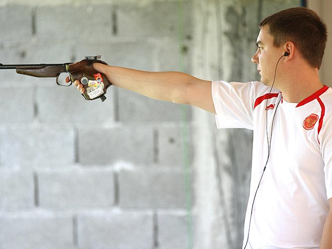 Денис Кулаков