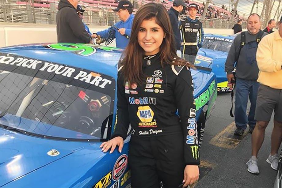 Красота дня: Хэйли Диган — восходящая звезда NASCAR