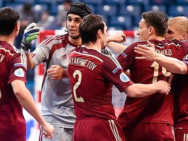 ЧЕ по мини-футболу. Россия обыграла Азербайджан и вышла в полуфинал