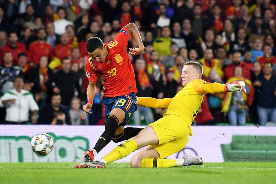 Англия испания футбол история
