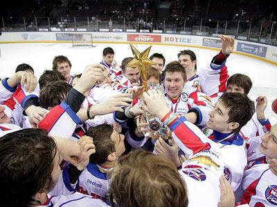 Молодёжной хоккейной лиге исполнилось три года