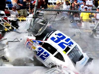Безопасность NASCAR под вопросом после Дайтоны