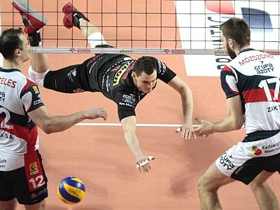 В Польше прошли первые матчи финальной серии