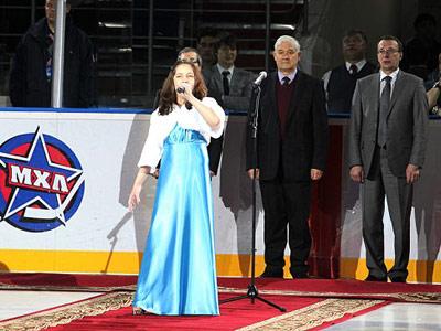 Элина Ханеева исполнит гимн РФ на Кубке Будущего