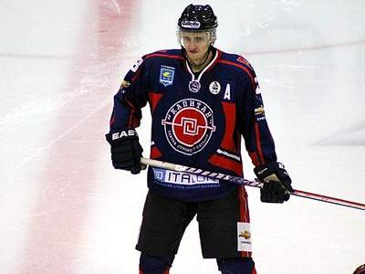 """""""Капитан"""" провёл неудачный сезон в МХЛ и теперь участвует в плей-ауте"""