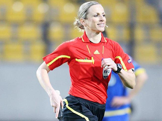 Женщина-судья будет работать на матче сборной России по футболу