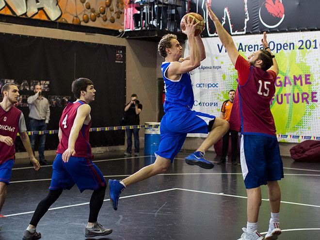 """Команды МГУ и """"ВТБ Арена парк"""" выиграли турнир по стритболу VTB Arena Open"""