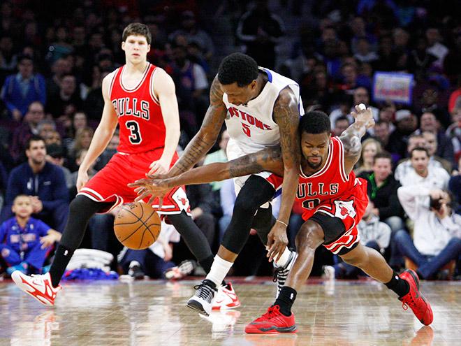 «Детройт» обыграл «Чикаго» в четырёх овертаймах