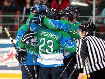 «Торос» одержал победу над «Ермаком» и повёл в серии со счётом 2-0