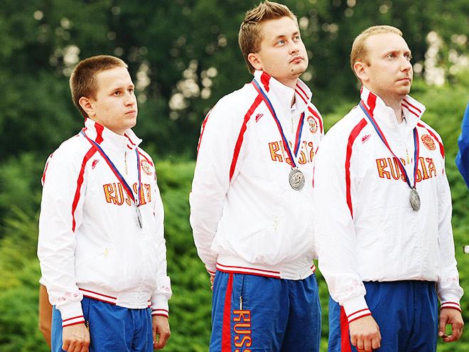 Михаил Азаренко, Дмитрий Романов и Максим Степанов