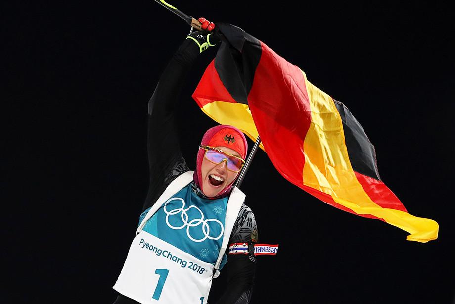 Немецкая биатлонистка Лаура Дальмайер завершила карьеру в 25 лет, почему