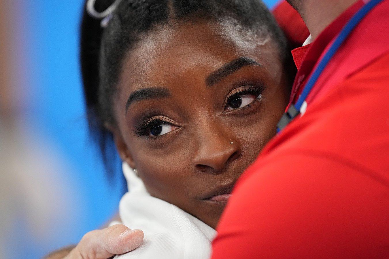 Олимпийские игры 2021, спортивная гимнастика, женщины – Симона Байлз снялась с личного многоборья