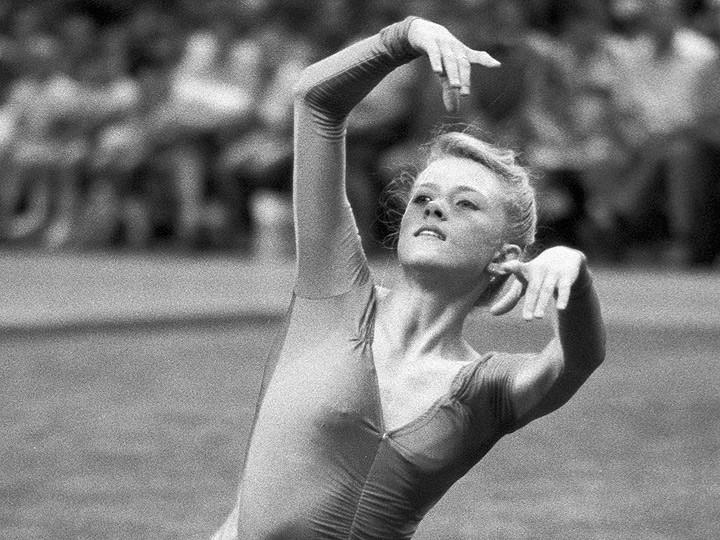 golaya-gimnastika-otbor-gimnastok