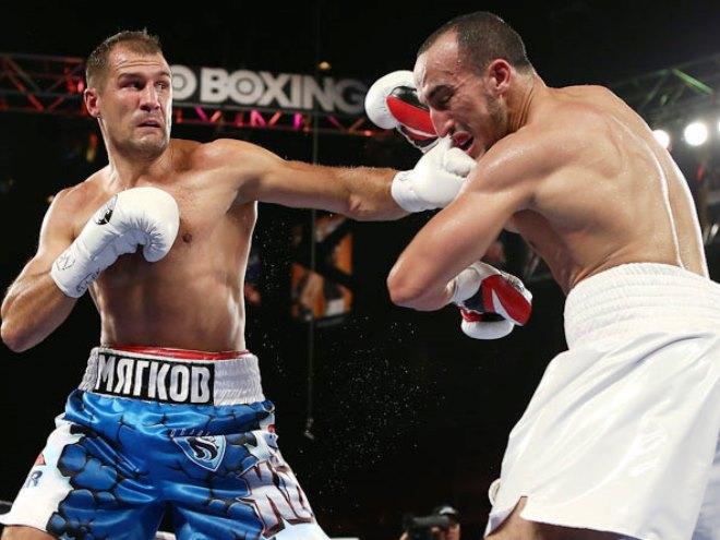 Пять главных боёв июля в профессиональном боксе