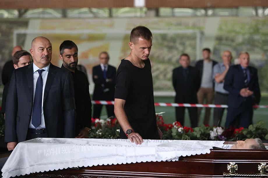 В Москве простились с Алексеем Парамоновым: как это было