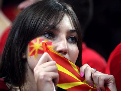 Концовка с бронзовым отливом. Македония в атаке