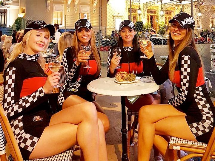 Красота дня: самые яркие болельщицы Гран-при Монако