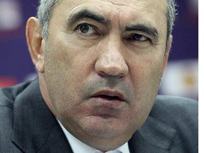 Бердыев: серьёзная газета, а подхватывает утки…